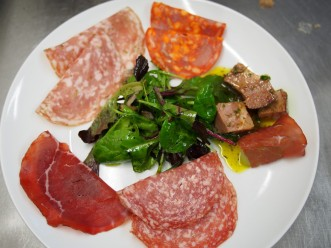Spainish cold meats platter